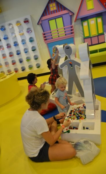 Cool de Sac Kids Playground