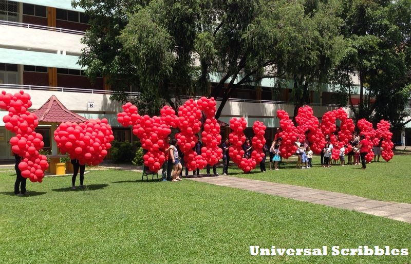 Record Set For Longest Mother's Day Balloon Sculpture